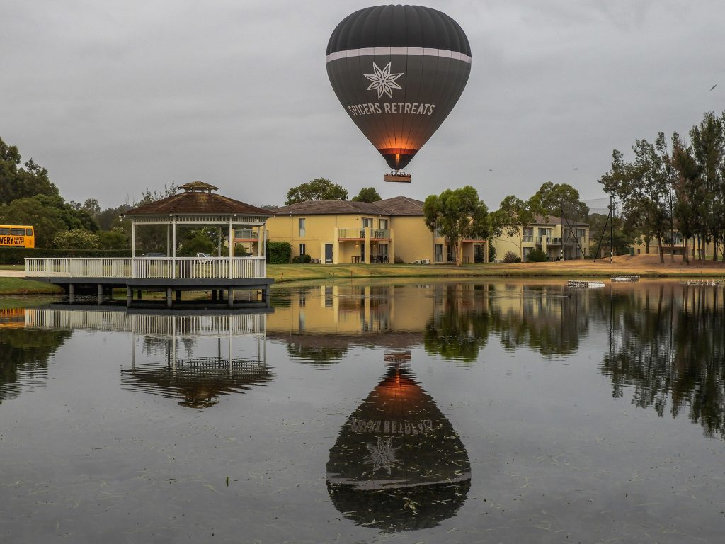 spicers retreats hot air balloon flying over the hunter valley